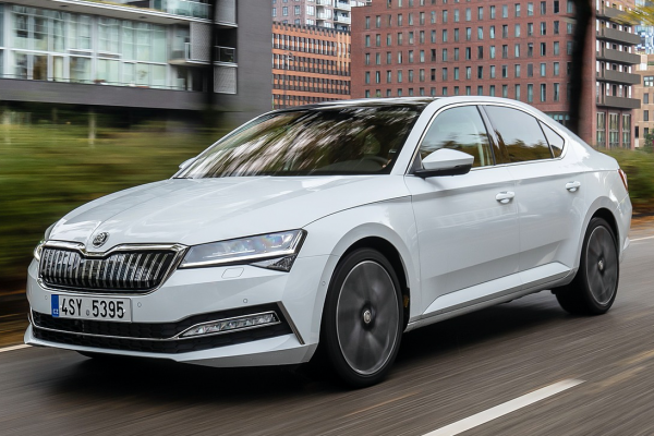2020_skoda_superb_iv_3_1600x1200